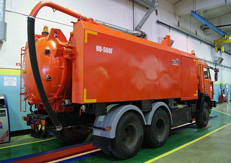 Илососная Машина КО-560 объемом 6000 литров